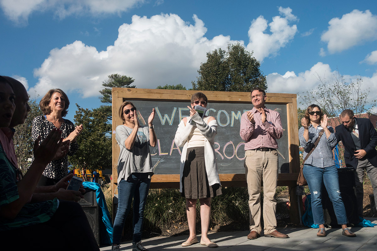 olc-grand-opening-everybody-claps-by-lacar-and-lowy