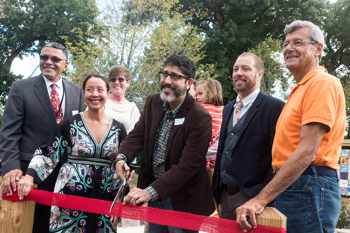 olc-grand-opening-ribbon-cutting-by-lacar-and-lowy