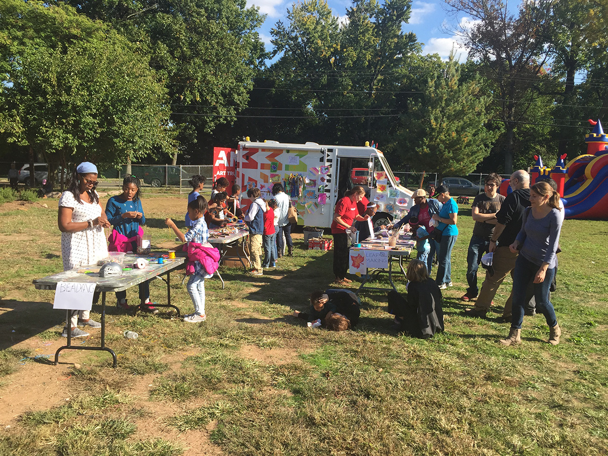 harvest-fest-2016-poe-beading-and-other-crafts-cropped