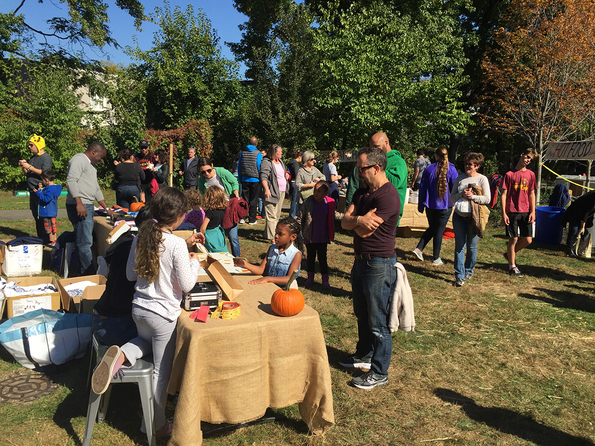 harvest-fest-2016-poe-ticket-table-cropped
